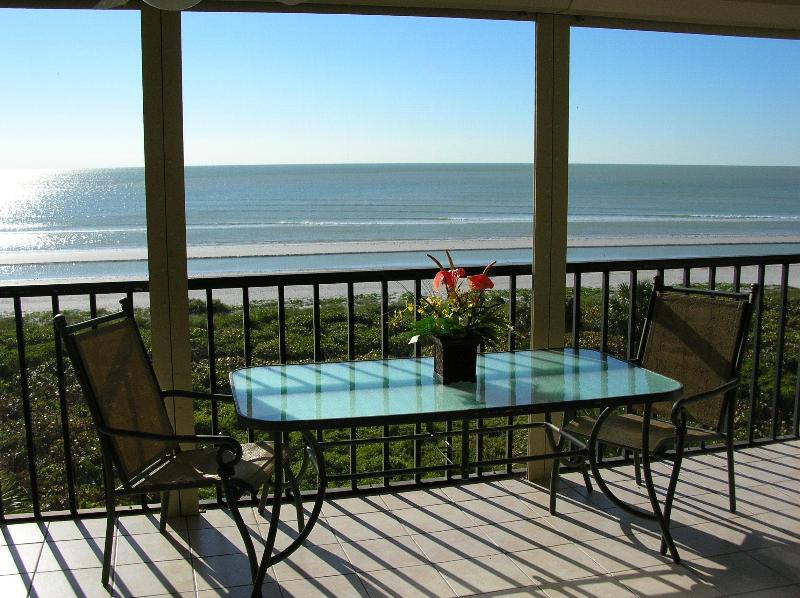 Sundial O407 - BEACHFRONT with Luxury and Privacy - Image 1 - Sanibel Island - rentals