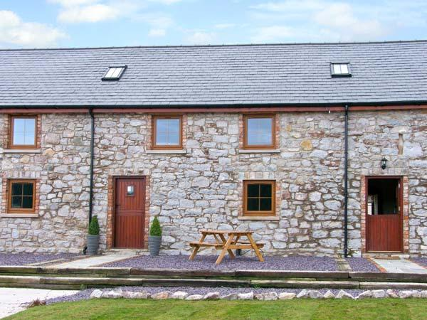 BEUDY BACH, family friendly, with a gardenin Abergele, Ref 10262 - Image 1 - Abergele - rentals