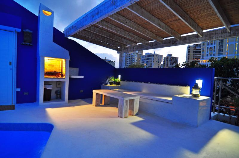 Pool at sunset - Penthouse-10 Step to Beach-Roof Pool-Condado - San Juan - rentals