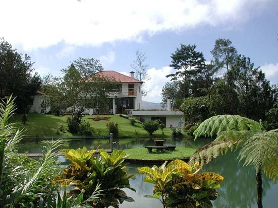 Villa Encantada ~~ Fine Luxury Villa Rental in the Heart of the Rain Forest w/ awesome 360 views - Villa Encantada 40 Acre LakeFront Nature Preserve - Nuevo Arenal - rentals