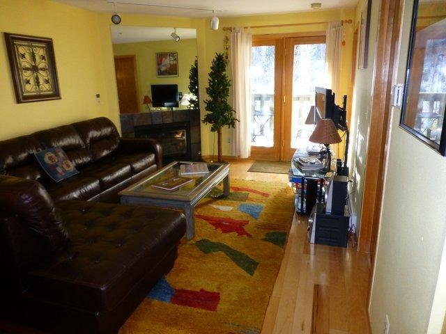 Living Room with balcony - Perfect Location in Frisco Colorado Woodbridge Inn - Frisco - rentals