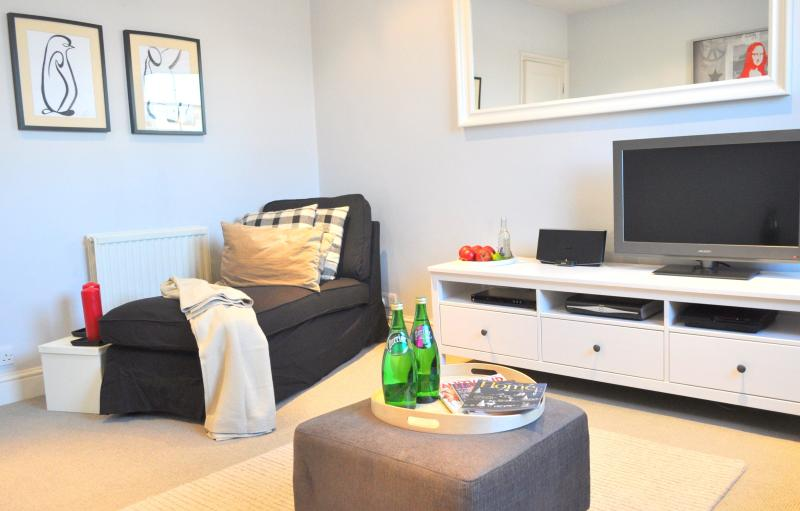 Luxury! Apartment Notting Hill/ 2BED/2min to tube - Image 1 - London - rentals