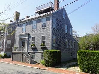 5 Bedroom 3 Bathroom Vacation Rental in Nantucket that sleeps 8 -(10005) - Image 1 - Nantucket - rentals