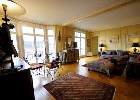 Large 2BR Paris Vacation Rental at Congress Center - Image 1 - Paris - rentals
