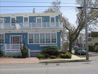 Modern Condo 105046 - Image 1 - Cape May - rentals