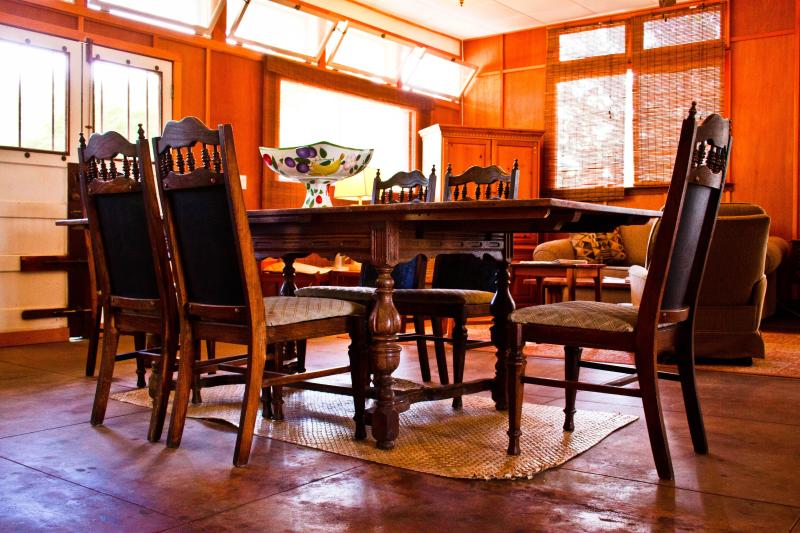 Dinning Table - Market House - Pahala - rentals
