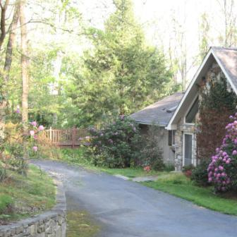 Front of house - Serene Mountain Vacation Home - hot tub - Asheville - rentals