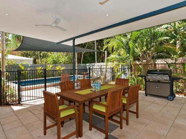 Outdoor Dining - Family Friendly@The Fairways - Port Douglas - rentals