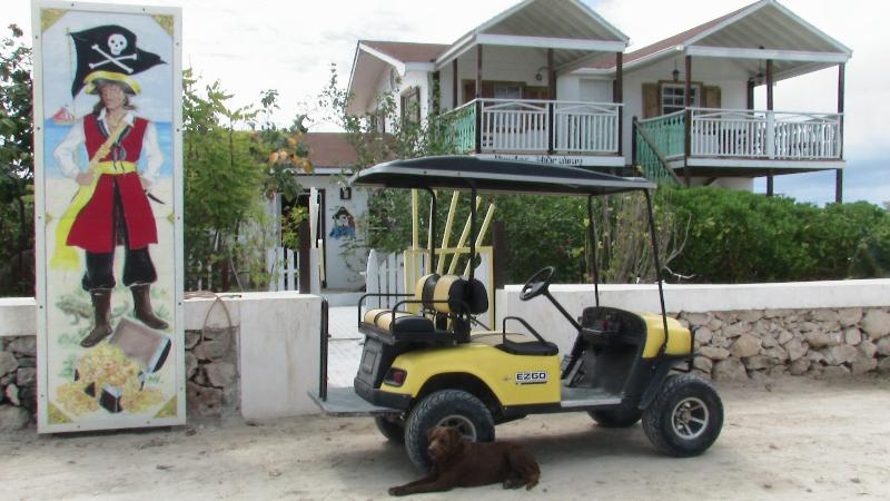 Pirates Hideaway By the Sea: Salt Cay Turks and Caicos - Best Vacation Turks&Caicos: Pirates Hideaway+pool - Salt Cay - rentals