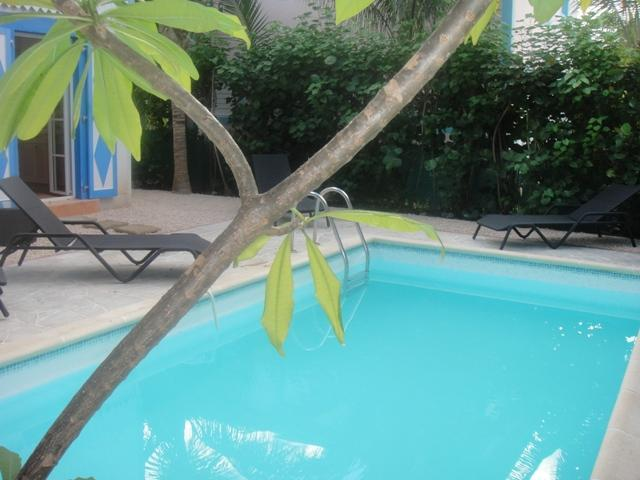 MACASSI 2... darling villa just 450 feet to fun filled Orient Beach - Image 1 - Orient Bay - rentals