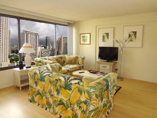 Affordable Spacious Waikiki 1br suite - Image 1 - Honolulu - rentals