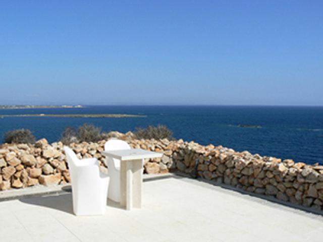 Nido Del Pellegrino - 2 Bed On The Blue Sea - Image 1 - Favignana - rentals