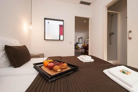 Liceu Apartment A2 - Image 1 - Barcelona - rentals