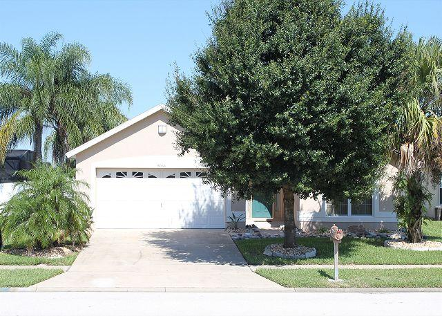 Vacation home with heated pool in Indian Creek, 3 miles from Disney - Image 1 - Kissimmee - rentals
