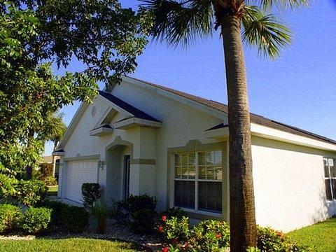 Villa entrance - Fun in the Sun  Beachwalk Isles Fort Myers Florida - Fort Myers - rentals
