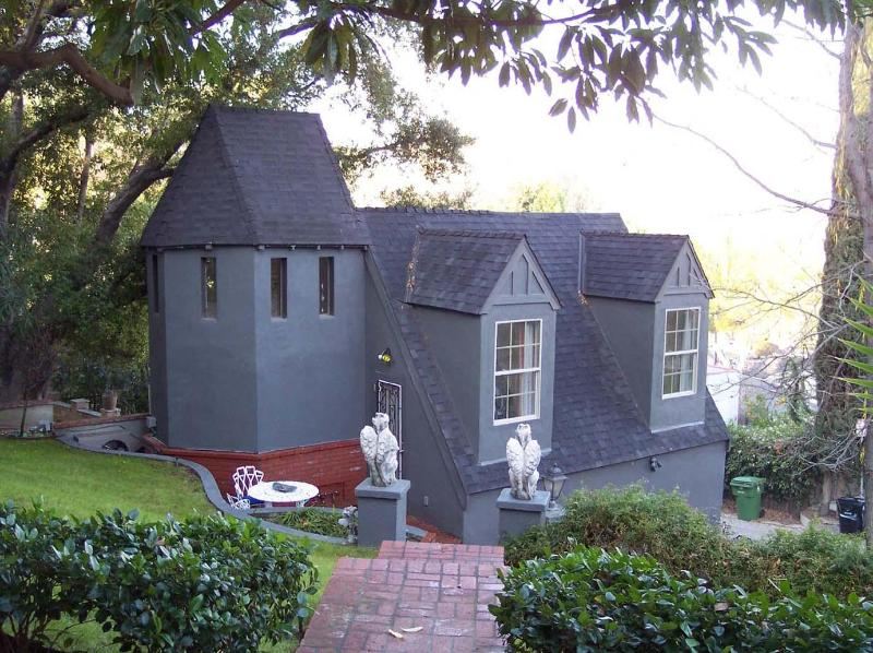 Studio City Guest House centrally located - Image 1 - Los Angeles - rentals