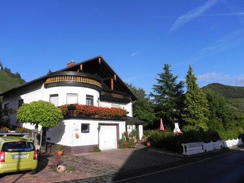 Vacation Apartment in Ockfen - 915 sqft, very beautiful, quiet, spacious (# 2281) #2281 - Vacation Apartment in Ockfen - 915 sqft, very beautiful, quiet, spacious (# 2281) - Ockfen - rentals