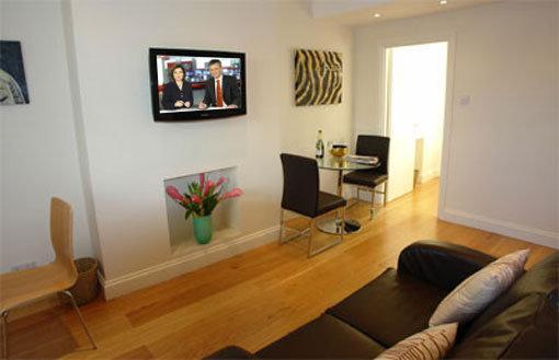 Living Room - Brompton House Sleeps 4 in Kensington & Chelsea - London - rentals