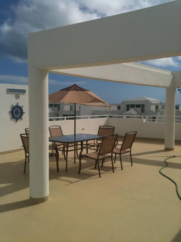take you sun tan in the terrace with dinning table!! - Modern penthouse with sky terrace and a/c in all the bedrooms!! Look!!! - Fajardo - rentals