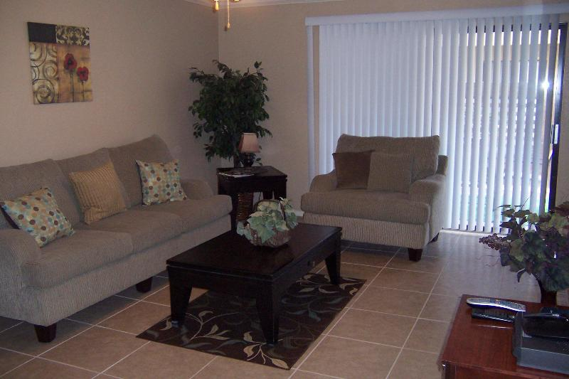 Living Area - Old Town Scottsdale Condo - Scottsdale - rentals