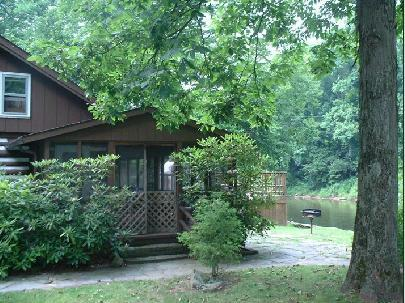 Main Entrance - Historic Riverfont Log Cabin - The Rhododendron - Elkins - rentals