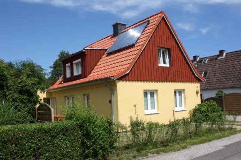 Vacation Apartment in Kiel - 291 sqft, central, comfortable, ecological (# 2296) #2296 - Vacation Apartment in Kiel - 291 sqft, central, comfortable, ecological (# 2296) - Kiel - rentals