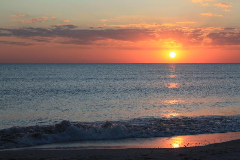 Sunset at Bowman's Beach - Completely Renovated for 2012 Season, 3 Bedroom - Sanibel Island - rentals