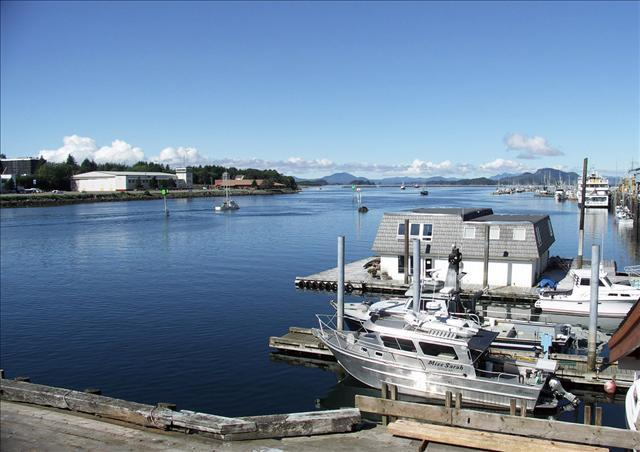 Have your captain pick you up at the Fisherman's Quay harbor! - FQ Bunkhouse N - Sitka - rentals