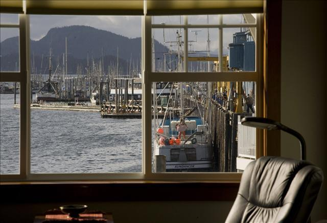 Incredible Views - Loft @ Fisherman's Quay - Sitka - rentals
