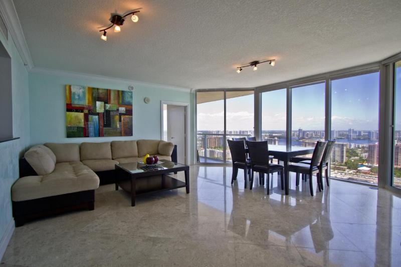 Sunny Isles - OceanFront Luxury Condo - Image 1 - Sunny Isles Beach - rentals