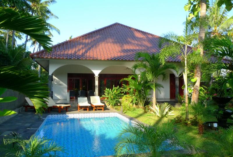 Villa Kelapa Lovina Bali - Image 1 - Lovina - rentals