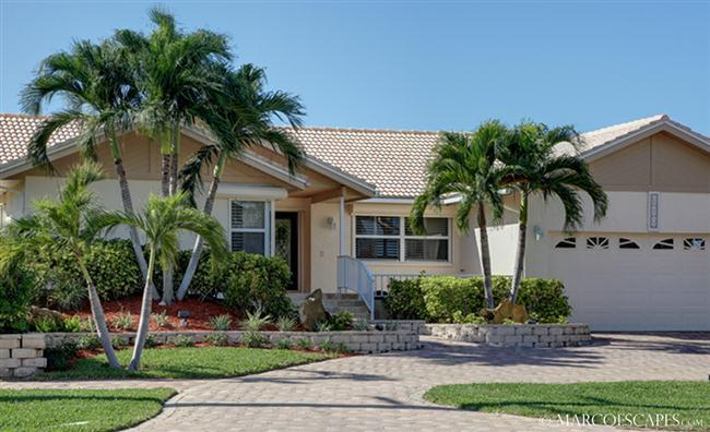 VILLA PARDAIS - Wide Views of The Bay, Southern Exposure! - Image 1 - Marco Island - rentals