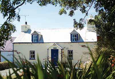 Child Friendly Holiday Cottage - Ty Canol, Nr Whitesands - Image 1 - Pembrokeshire - rentals
