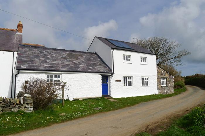 Pet Friendly Holiday Cottage - The Barn, Trelerw, St Davids - Image 1 - Saint Davids - rentals