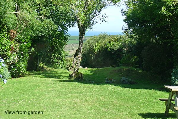 Pet Friendly Holiday Home - Caerau Isaf, Aberfelin Bay - Image 1 - Pembrokeshire - rentals