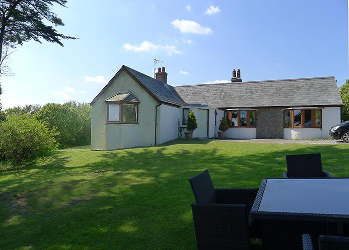 Pet Friendly Holiday Cottage - Westhills, Lydstep - Image 1 - Lydstep - rentals