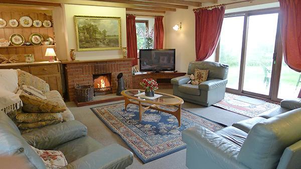 Pet Friendly Holiday Cottage - Herondale, St Ishmaels - Image 1 - Pembrokeshire - rentals