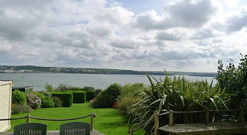 Pet Friendly Holiday Home - Thornton House, Llanstadwell - Image 1 - Pembrokeshire - rentals