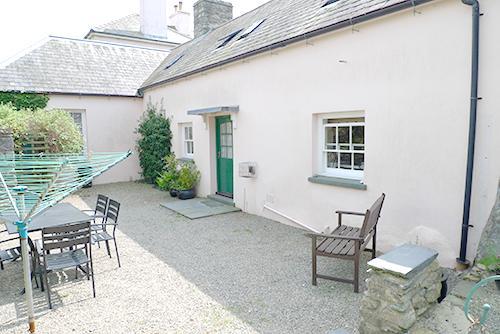 Pet Friendly Holiday Property - Old Tregwynt Farmhouse, Abermawr - Image 1 - Pembrokeshire - rentals