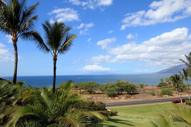 View fromCondo - Awesome Ocean View 2 B 2B Condo-#G212 - Kihei - rentals