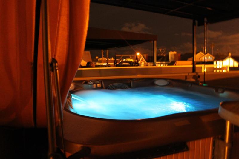 Night View of Hot Tub on Deck - Luxurious Beach House! Meticulously maintained! - Newport Beach - rentals