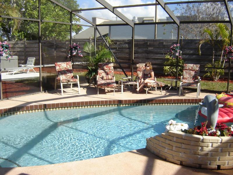 Heated Swimming Pool - The Palms - 3 Bed/2.5 Bath, Pool,Hot Tub, Game Rm - Bradenton - rentals