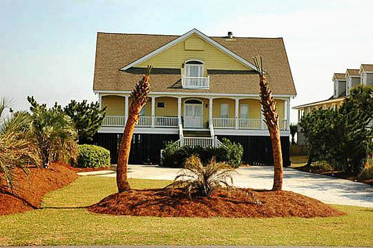 Front of House - Oceanfront, 7 Bedroom, Handicapped Accessible!! - Isle of Palms - rentals