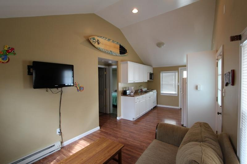 Gecko Island #24: living room w/full kitchen - Charming Cottages just steps to Beach & Boardwalk - Ocean City - rentals