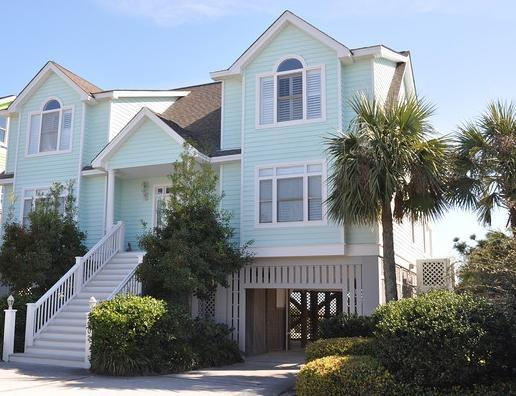 Front exterior - Oceanfront, 6 Bedrm, Pool & Spa, Walk to Shop/Dine - Isle of Palms - rentals