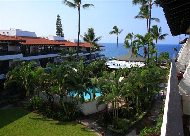 Casa De Emdeko 324 Gorgeous Top Floor Condo with Ocean View! - Image 1 - Kailua-Kona - rentals