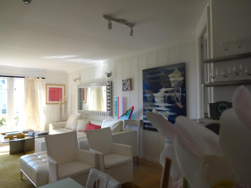 Living Room From Kitchen - Colourfully Decorated - Golden Gate Bridge Views - San Francisco - rentals