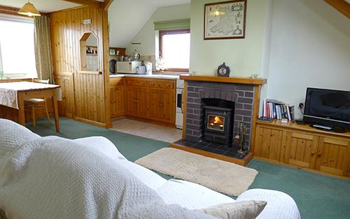 Holiday Apartment - Rhoslanfach, Llanrhian - Image 1 - Llanrhian - rentals