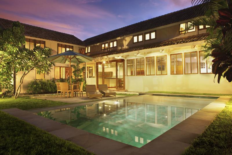 Evening pool view - Bali Villa M  Your Home Away From Home In Seminyak - Seminyak - rentals