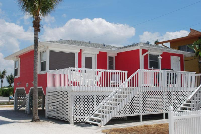 The Coconut Cottage - Cottages of Paradise Point - Coconut Cottage - Fort Myers Beach - rentals